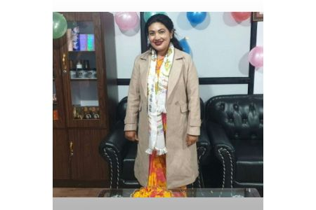 Saying That Politics Is Not A Profession, Shanta Chaudhary Started A Beauty Parlor Business